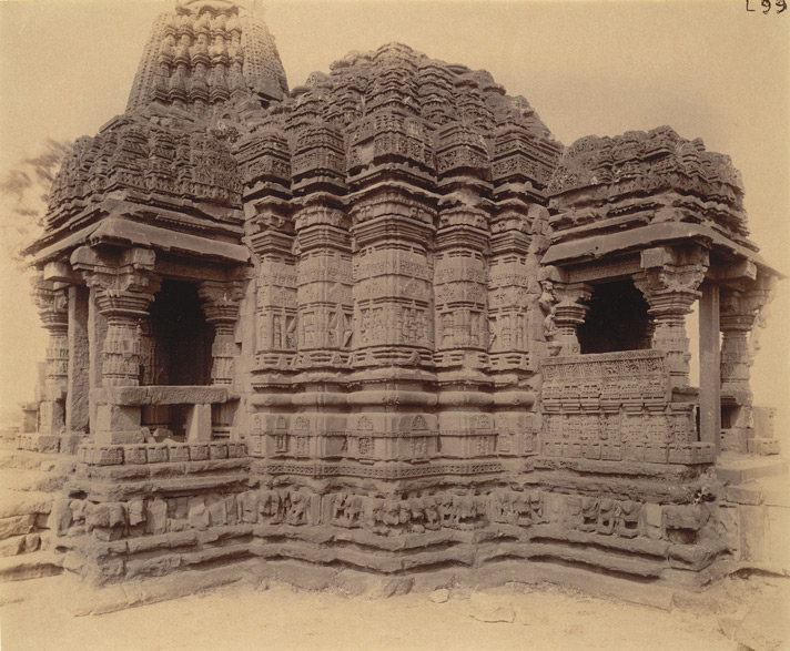 Close view of porches and walls of central mandapa of the Gondeshvara Temple, Sinnar, showing moulding and sculpture detail